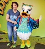 Dino Daisy Duck with Momma
